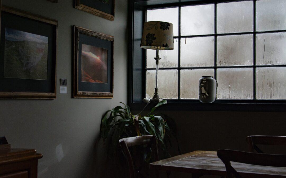 Tecken på att ditt hem är för fuktigt!